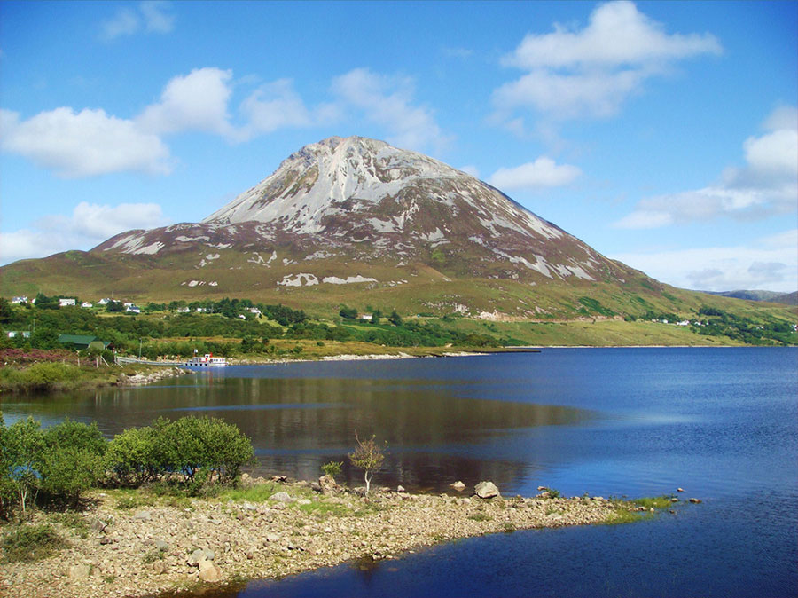 Mountain Errigal - Love Irish Tours